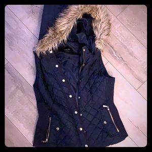 Active USA fur trimmed hooded vest